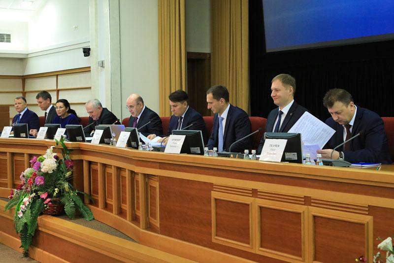 Михаил Мишустин подвел итоги работы налоговых органов за 10 месяцев 2018 года на праздничной коллегии