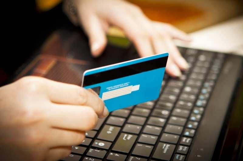 Россияне оплатили 66 млрд рублей налогов и сборов онлайн за 2018 год