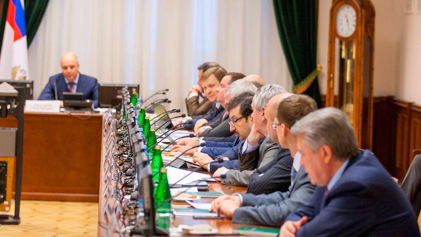 Михаил Мишустин: за 2018 год в федеральный бюджет РФ поступило 11,9 трлн рублей налогов и сборов
