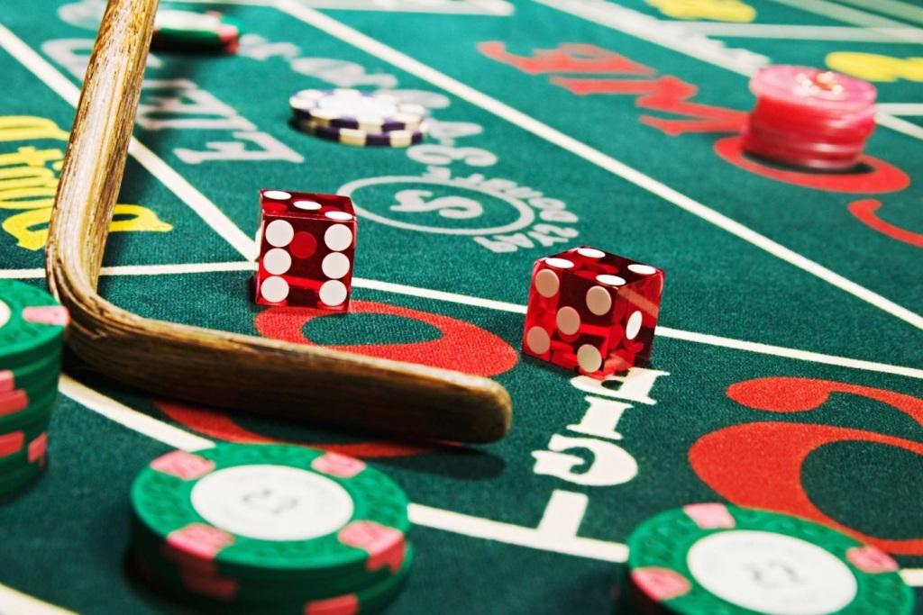 До 2 июня организаторам азартных игр в букмекерских конторах и тотализаторах необходимо переоформить лицензии