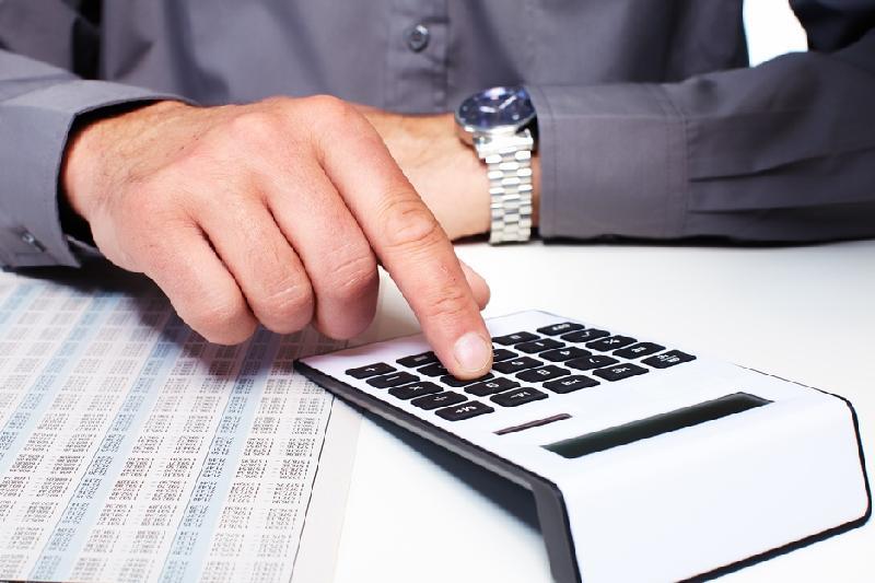 Выезд за рубеж: единый налоговый платеж минимизирует риски