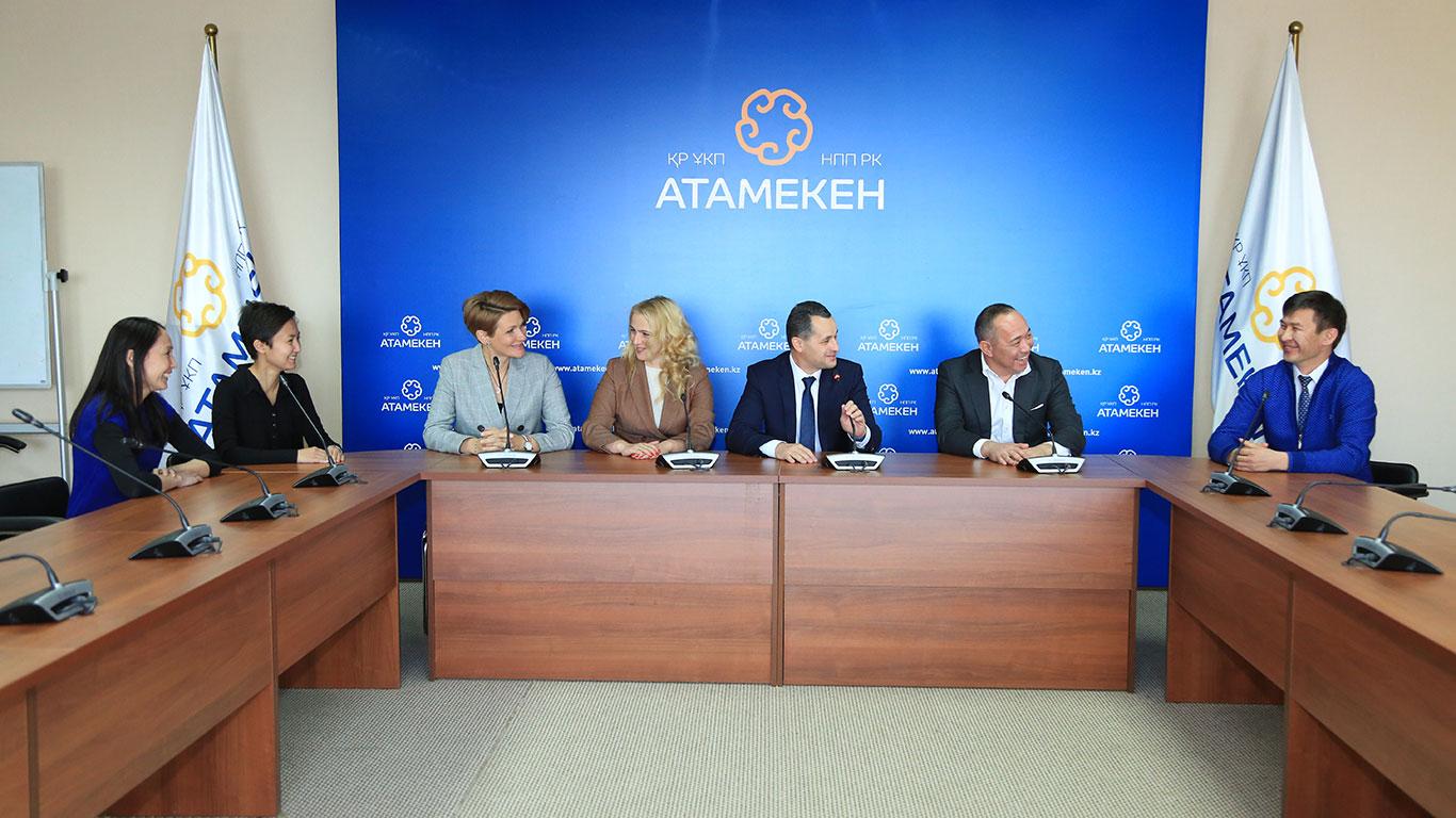 Российский опыт налогового администрирования отдельных отраслей рынка оценили иностранные партнеры
