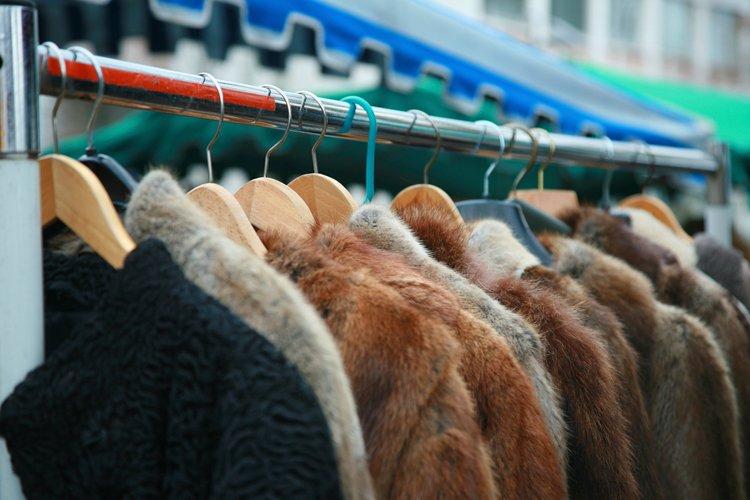 С 1 января прекращается применение ЕНВД и ПСН при торговле меховыми изделиями