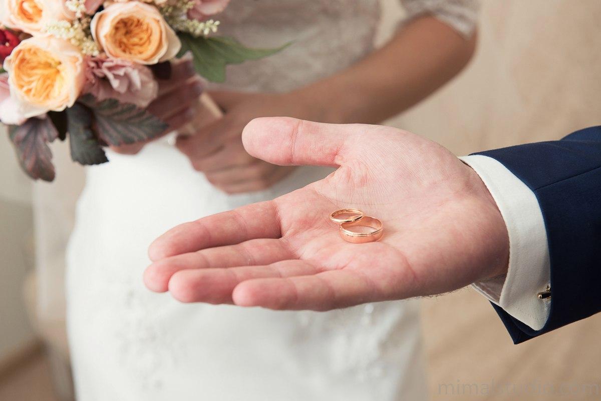 1427 пар поженятся в первые дни 2020 года