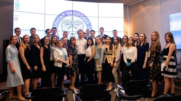Даниил Егоров встретился с выпускниками Финансового университета при Правительстве РФ
