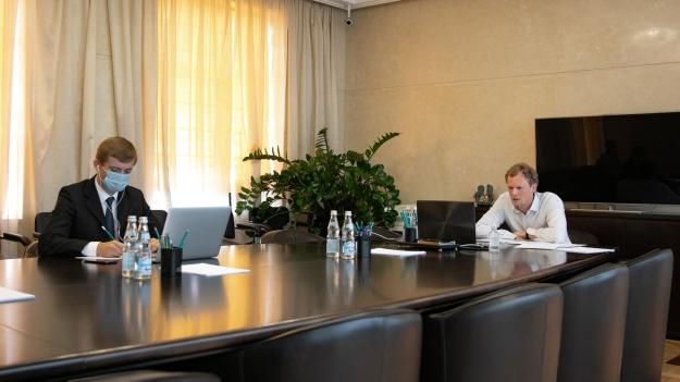 Даниил Егоров обсудил перспективы развития цифровой платформы ФНС России с представителями банков