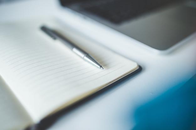 Разъяснены особенности получения профессионального вычета для нотариусов